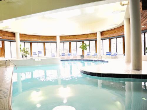 Horseshoe Resort - Barrie, ON L4M 4Y8