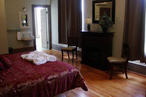 Centralia Square Grand Ballroom And Hotel - Centralia, WA 98531