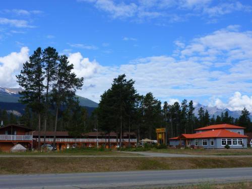 Rocky Inn - Valemount, BC V0E 2Z0