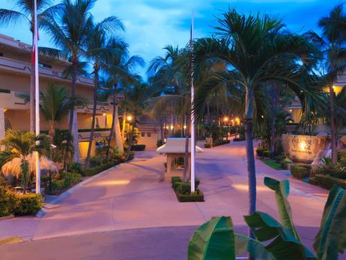 Paradise Village Photo