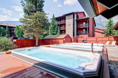 One-bedroom Mountainside Condo D107 - Frisco, CO 80443