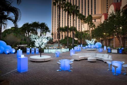 Rosen Centre Hotel - Orlando, FL 32819