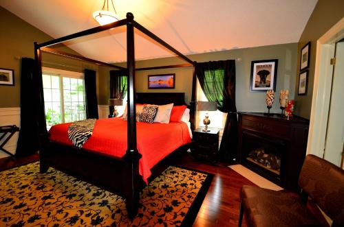 Explorer House Bed & Breakfast - Niagara On The Lake, ON L0S 1J0
