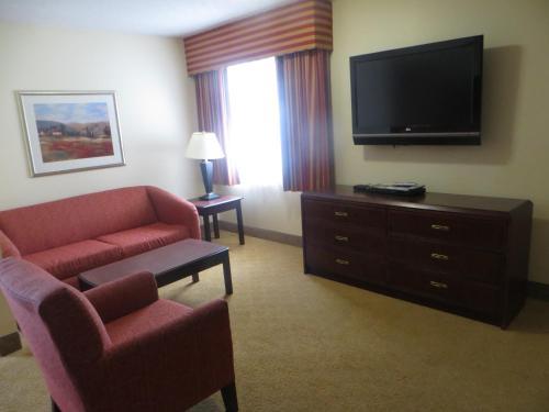 Ashley Quarters Hotel - Florence, KY 41042