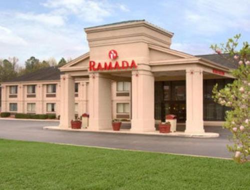 Ramada By Wyndham Tuscaloosa - Tuscaloosa, AL 35405