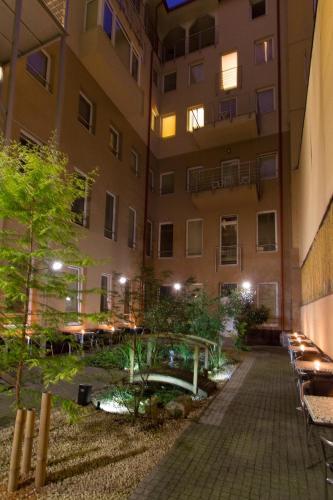 Six Inn Hotel photo 30