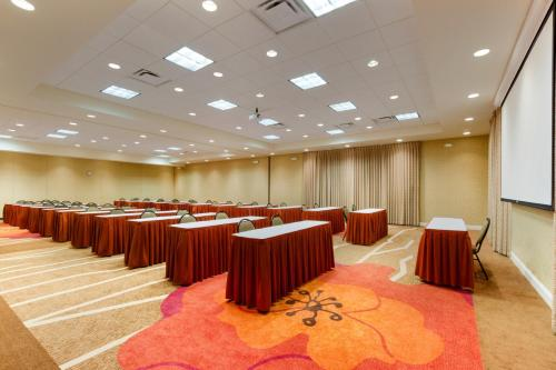 Hilton Garden Inn Atlanta East - Lithonia, GA 30038
