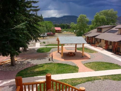 The Spruce Lodge - South Fork, CO 81154