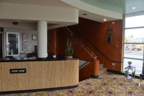 Hotel at the Waldorf Photo