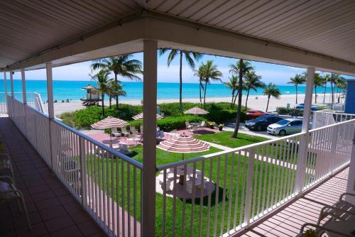 Manta Ray Inn - Hollywood, FL 33019