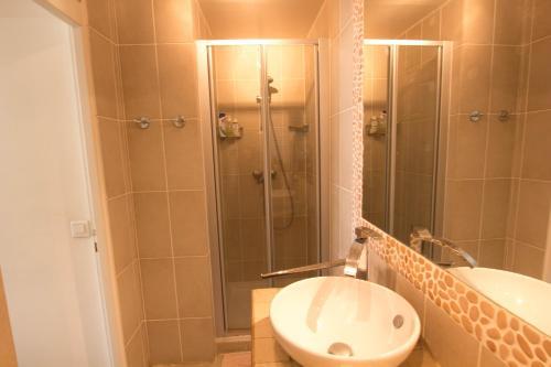 Luxembourg Assas Apartment photo 3