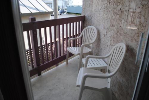 Windswept Motel Photo