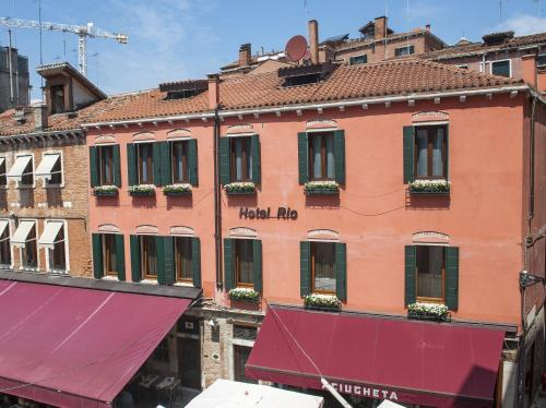 Castello 4358, campiello Santi Filippo e Giacomo, Venice VE, Italy.