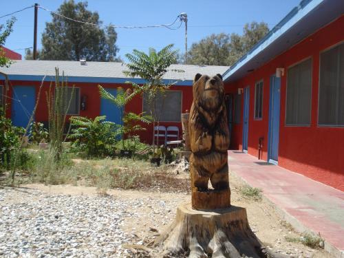 Safari Motor Inn - Joshua Tree Photo