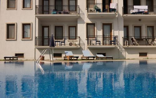 Karaburun Kuyucak Konak Hotel rezervasyon