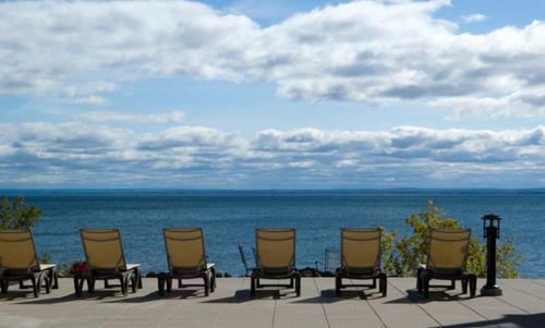 Beacon Pointe Resort