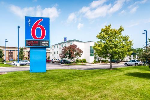 Motel 6 Chicago Joliet - I-55 Photo