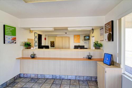 Motel 6 Scottsdale South