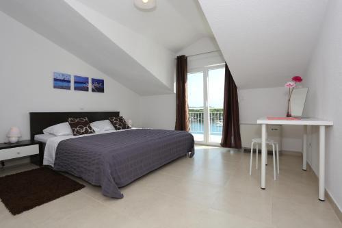 Apartments Dado Trogir