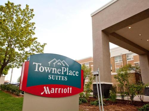 TownePlace Suites by Marriott Mississauga-Airport Corporate Centre Photo