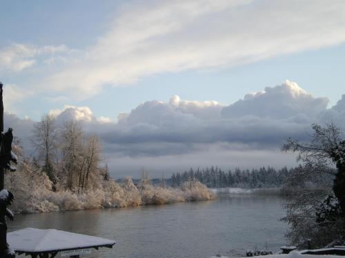 Campbell River Lodge By Riverside - Campbell River, BC V9W 2E7
