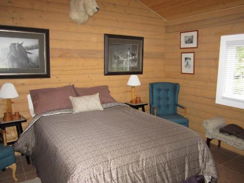 Six Mile River Resort Photo