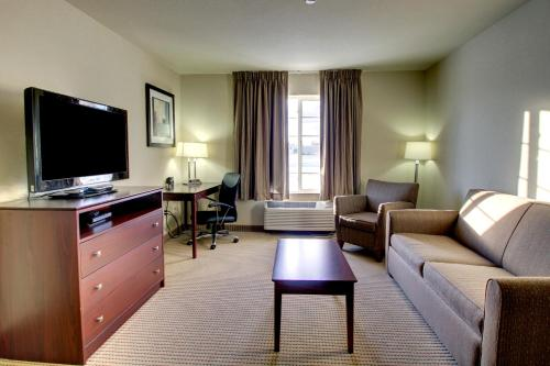Cobblestone Inn & Suites Steele Photo