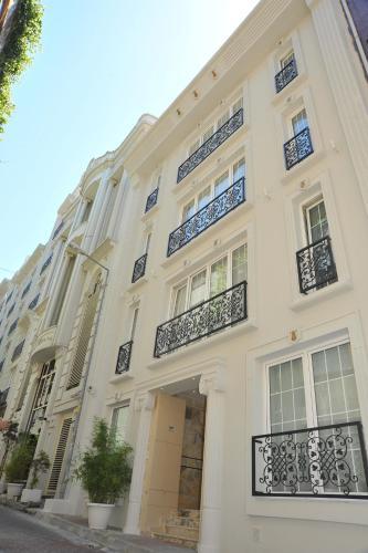 Istanbul Ayna Hotel adres