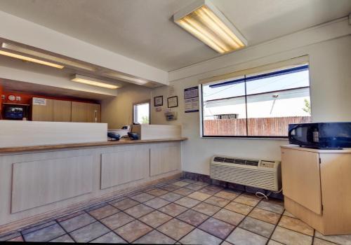 Motel 6 Dallas - Irving - Irving, TX 75060