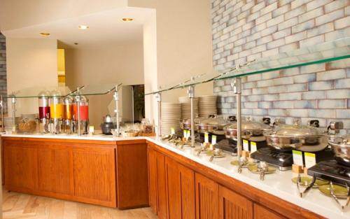 DoubleTree Suites by Hilton Raleigh-Durham Photo