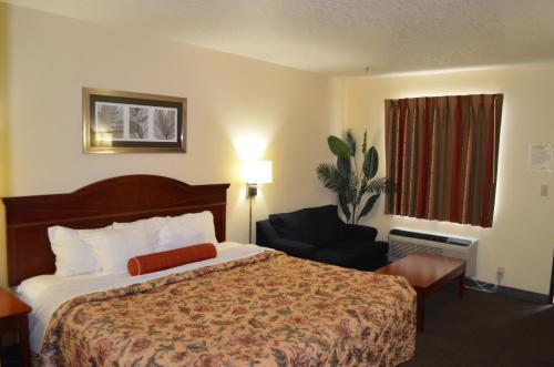 Ouachita Mountain Inn - Glenwood, AR 71943