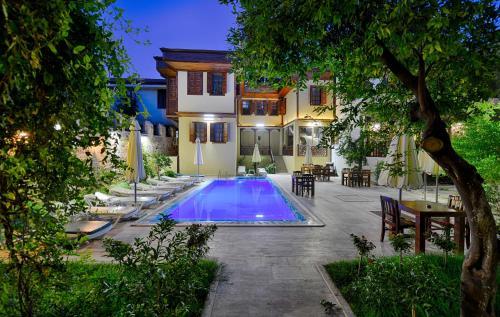 Antalya Hadrian Gate Hotel ulaşım
