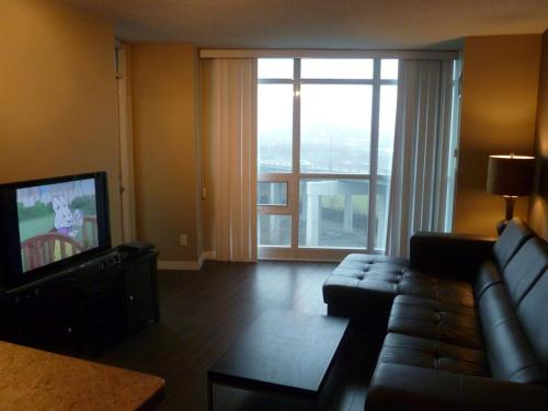 By The Lake Suite - City View - Toronto, ON M5V 1B2