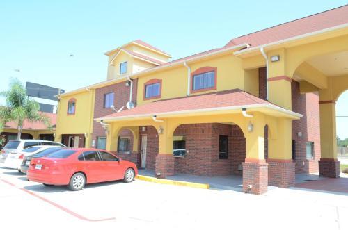 Raintree Inn And Suites - Houston, TX 77054