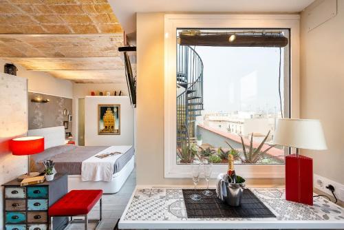 Urban District Apartments-Vintage Suites & Loft photo 9