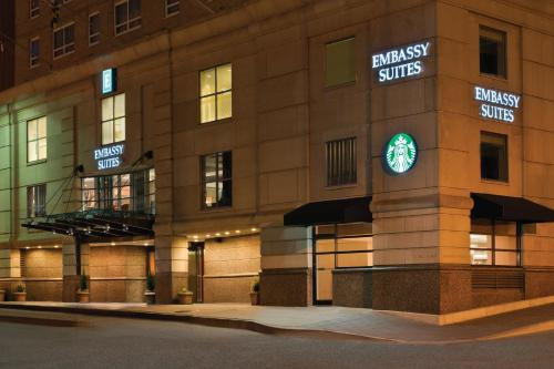 Embassy Suites Baltimore Inner Harbor Photo