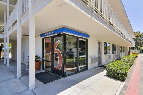 Motel 6 Santa Barbara - Goleta Photo
