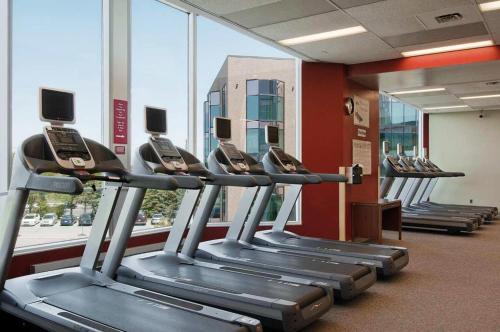 Hilton Suites Toronto-Markham Conference Centre & Spa Photo