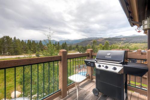 Two-bedroom Highland Greens Lodge # 303 - Breckenridge, CO 80424