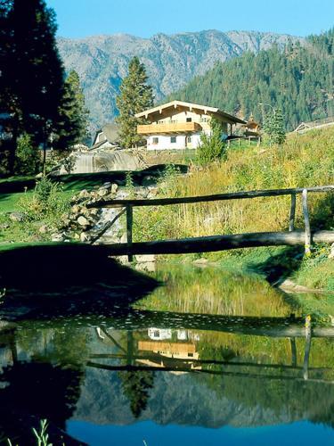 Linderhof Inn - Leavenworth, WA 98826