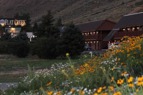 Flat Creek Inn Photo