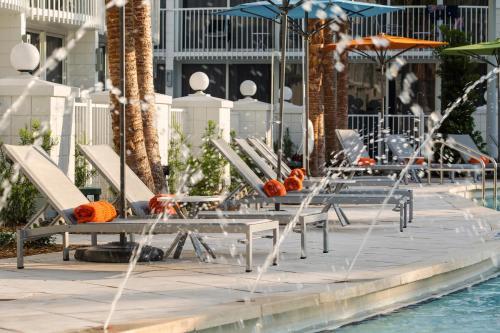 1905 Hotel Plaza Boulevard, Lake Buena Vista, Florida 32830, United States.