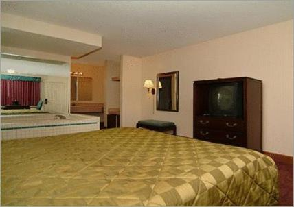 Comfort Inn Lakeside - Mackinaw City Photo