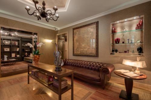 Hotel Palazzo Manfredi – Relais & Chateaux photo 9