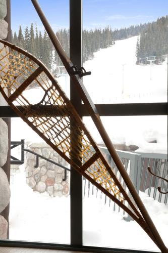 Coast Sundance Lodge - Sun Peaks, BC V0E 5N0