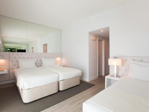 Lutecia Smart Design Hotel photo 37