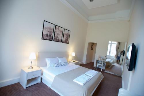 Andrassy Thai Hotel photo 32