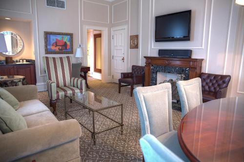 The Pfister Hotel Photo