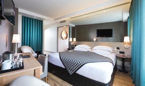 Quality Hotel Acanthe - Boulogne Billancourt photo 7