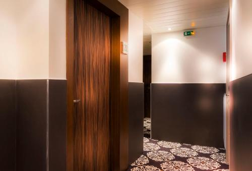 Quality Hotel Acanthe - Boulogne Billancourt photo 12